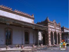 TURISMO EN CIUDAD JUÁREZ. Visite la Hacienda de San Diego, a 15 kilómetros de Ciudad Juárez. Fue construida en 1902 y es uno de los símbolos que todavía están de pie de la grandeza de las haciendas en la época del Porfiriato. Su arquitectura, con características de la influencia francesa, muestra su propio encanto y misticismo. No puede perderse la oportunidad de visitar este maravilloso lugar en su próximo viaje a Chihuahua. #visitachihuahua