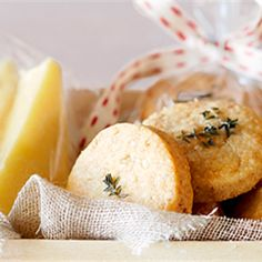 Try this recipe for wonderfully savoury parmesan and walnut shortbreads. Cooking For A Crowd, Cooking Tips, Cooking Recipes, Healthy Recipes, Coles Recipe, Walnut Cookies, Christmas Cooking, Christmas Diy, Healthy Mind