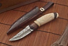 Andrй Andersson Custom Damascus Knives - Knives, Daggers, Swords and Artknives from Sweden