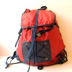 Vintage 70s hiking backpack. Made by Sacs Millet