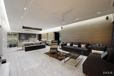 Apartment in Mumbai by Evolve