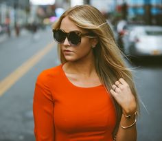 CARA LOREN: Lady in Red