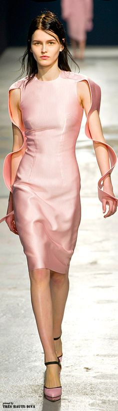 London Fashion Week Christopher Kane Fall 2014 RTW
