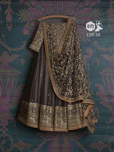 Swati Manish - SwatiManish Lehengas Collection April 2018 Indian Bridal Outfits, Indian Designer Outfits, Pakistani Outfits, Indian Designers, Indian Lehenga, Lehenga Choli, Anarkali, Silk Sarees, Indian Attire