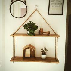 tag res en bois suspendues avec corde en chanvre. Black Bedroom Furniture Sets. Home Design Ideas