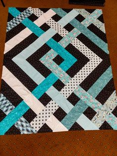 Teal and Black Quillt Rag Quilt Patterns, Modern Quilt Patterns, Quilting Ideas, Quilting Projects, Quilting Designs, Backing A Quilt, Strip Quilts, Easy Quilts, Quilt Blocks