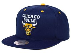 64aac61d43b Chicago Bulls Mitchell   Ness NBA Navy   Yellow Snapback Cap
