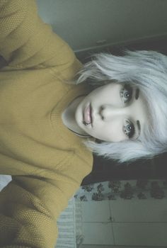 This year  i have to re-bleach my hair for it to be blue. so when the blue fades out im going to make my hair either silver or white like this.
