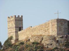 Bosa: Il Castello Malaspina - #InvasioniDigitali il 25 aprile alle ore 16.00 Invasori: Maria Pia Cossu e Claudia Cadoni