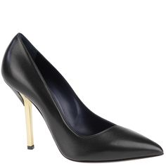 Black pumps from Vionnet. autumn winter 2013. www.wunderl.com