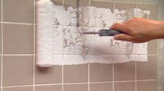 best Ideas for diy bathroom paint colors tile Diy Bathroom Paint, Painting Bathroom Walls, Painted Bathroom Floors, Bathroom Paint Colors, Wall Paint Colors, Bathroom Floor Tiles, Wall Tiles, Shower Tiles, Painting Over Tiles