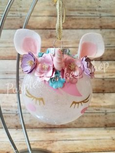 Top DIY Christmas Gifts Ideas - Hobbies paining body for kids and adult Unicorn Christmas Ornament, Unicorn Ornaments, Glitter Ornaments, Diy Christmas Ornaments, Diy Christmas Gifts, Holiday Crafts, Christmas Ideas, Christmas Stuff, Custom Ornaments
