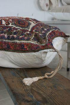 Ana & Cuca: Los bordados antiguos de ana&cuca