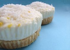 Kokos citroen cakejes In plaats van cakejes zou ik er een taart van maken