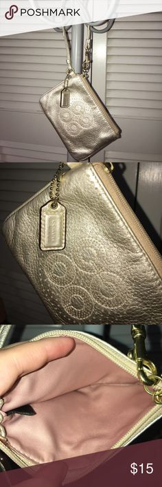 Coach wristlet In good condition minor not very noticeable wear Coach Bags Clutches & Wristlets