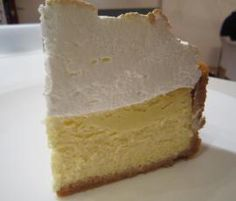Recipe Lemon Meringue Cheesecake by learn to make this recipe easily in your kitchen machine and discover other Thermomix recipes in Desserts & sweets. Thermomix Cheesecake, Lemon Meringue Cheesecake, Thermomix Desserts, Cheesecake Recipes, Sweets Recipes, Fun Desserts, Delicious Desserts, Cooking Recipes, Yummy Food