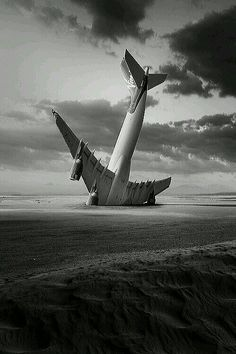 Photos by George Christakis Conceptual photos with a surreal quality to them. I create images using digital tech. Black White Photos, Black And White Photography, Surrealism Photography, Art Photography, Airplane Photography, Conceptual Photography, Digital Photography, Level Design, Ansel Adams