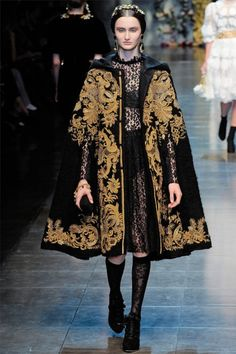 Love the cape: Baroque Inspired at Dolce & Gabbana Fall 2012