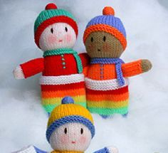A lovely selection of free knitting patterns of hand made knit toys which are sure to put a smile on any child's face. Knitting Dolls Free Patterns, Knitted Dolls Free, Crochet Dolls, Loom Knitting, Baby Knitting, Free Knitting, Knitting Toys, Knitting Projects, Crochet Projects