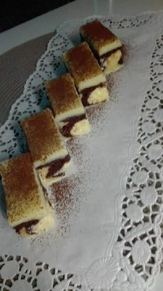 Hungarian Recipes, Hungarian Food, Food And Drink, Pie, Sweets, Bread, Torte, Cake, Hungarian Cuisine