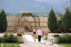 Colorado springs wedding photographers spring weddings wedding pics and wedding gallery for Secret garden colorado springs