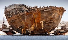 After six years of work a team of Norwegians has succeeded in recovering the Maud — a ship that once belonged to famed Arctic explorer Roald Amundsen and sank more than 80 years ago — from its icy grave in Nunavut waters near Cambridge Bay. Northeast Passage, Roald Amundsen, Sailboat Cruises, Franklin Expedition, Arctic Explorers, Northern Canada, Naval History, Old Boats, Model Ships