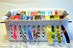 Inexpensive Ribbon Organizing Solution Plastic Containers, Washroom, Storage Drawers, Laundry Room Storage, Toothbrush Holder, Website, Diy Crafts, Link, Beautiful