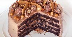 Le gâteau d'anniversaire IDÉAL... Le gâteau Ferrero Rocher! Chocolat et NOISETTES, hummm...