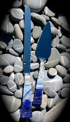 """Sea Glass Wedding Cake Knife & Server made with Recycled Bottle """"Tumbled Island Glass""""  in Cobalt Blue. Dishwasher Safe Stainless on Etsy, $48.00"""