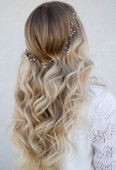 Soft Curls + Wedding Hair Wreath