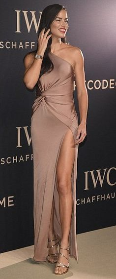 Adriana Lima in Cushnie Et Ochs attends the Decoding the Beauty of Time Gala Dinner. #bestdressed