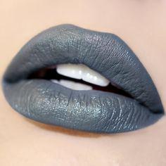 Petit Four neutral grey Ultra Satin Lip swatch