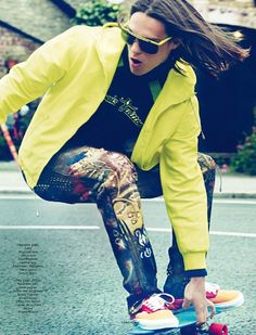 Fashion's Easy Arena-Joining model Corina Ingenleuf, John Todd, Travis Smith and Tom Barker are a relaxed vision for the fall/winter 2012 issue of Vogue Hommes International. Photographed by Chad Pitman with styling by fashion editor David Bradshaw, the trio are sporty in looks from Jonathan Saunders, Louis Vuitton and more.  ...