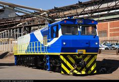 Net Photo: 1201 RRL Grindrod South Africa RRL Grindrod Co-Co at Pretoria, Gauteng province, South Africa by Eugene Armer South African Railways, Diesel, Rolling Stock, Pretoria, Coaches, Locs, Buses, Train, Vehicles