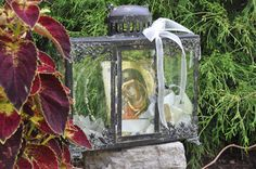 lantern style crown case stefanothiki includes icon a beautiful way to display wedding crowns stephana from your special day. Orthodox Wedding, Antique Metal, Display Boxes, Dahlia, Special Day, Lanterns, Wedding Crowns, Antiques, Glass