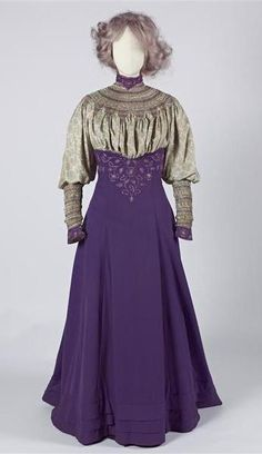 1906-1907 Walking Suit, Liberty & Co.:  printed silk, smocking, and embroidery.