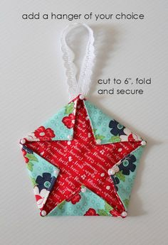 Threadbare Creations- Fabric Star Hangers (Tutorial) - Best Do It Yourself (DIY) Ideas 2019 Fabric Christmas Decorations, Quilted Christmas Ornaments, Felt Christmas, Handmade Christmas, Christmas Fabric Crafts, Diy Ornaments, Beaded Ornaments, Quilted Fabric Ornaments, Christmas Ideas
