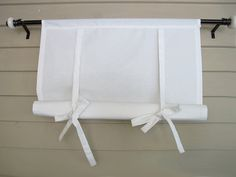 White Cotton 60 Inch Long Window Shade Stagecoach by BettyandBabs Diy Window Blinds, Blinds For Windows, Modern Classic Interior, Contemporary Curtains, Kitchen Blinds, Faux Wood Blinds, Interior Shutters, Cheap Curtains, Shades Blinds