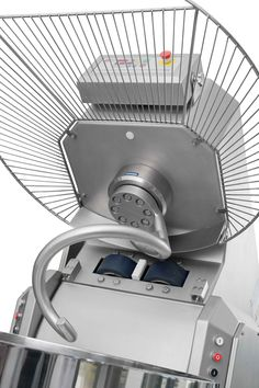 Amassadeira espiral tina amovível, Amassadeira espiral tina removível, amassadeira de pão, amassadeira de padaria e panificação, amassadeira de massa, amassadeira industrial, máquina padaria, equipamento padaria, ATI, Ferneto