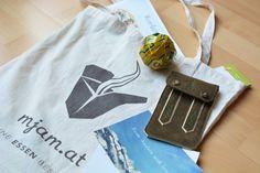 Gewinnspiel! Bei unserem dritten #mjamadvent gibt es wieder tolle Preise zu gewinnen: Mjam-Goodies, Gutscheine und Designerstücke von fromaustria.com. Jetzt mitmachen: bitly.com/mjamadvent-3 Tableware, Gift Cards, Games, Amazing, Dinnerware, Tablewares, Dishes, Place Settings