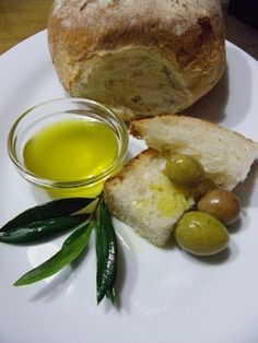 Maltese bread & Olive Oil