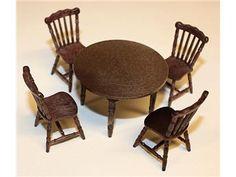 Köksbord och stolar till dockskåp, Brio från ca 1970-talet i toppskick