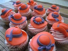These were made for my partner's mom's birthday. Strawberry cupcakes with strawberry buttercream, topped with fondant red hats! Beer Cupcakes, Cupcake Cakes, Cupcake Ideas, Fondant, Red Hat Ladies, Hat Cake, Mothers Day Cake, Red Hat Society, Brunch Party