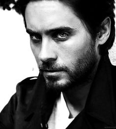 Jared Leto.... those eyes mmm...