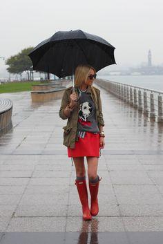 Jacket: Zara. Gingham Shirt: Madewell. Sweater: Topshop (old). Skirt: Zara. Socks: Madewell. Boots: Hunter. Sunglasses: Karen Walker oct