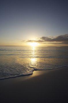 Hyams Beach sunrise