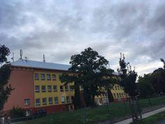 En esta foto es la escuela.
