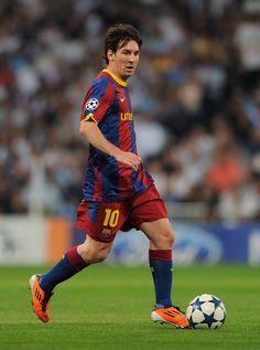 Lionel+Messi+Real+Madrid+v+Barcelona+UEFA+w_6kCsGc7Gjl.jpg (441×594)