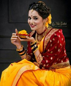 Many people believe that there is a magical formula for home decoration. Marathi Saree, Marathi Bride, Marathi Wedding, Indian Wedding Bride, Marathi Nath, Indian Weddings, Indian Wedding Photography Poses, Bride Photography, Saree Photoshoot