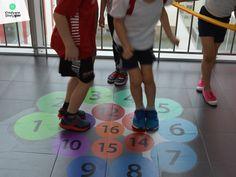 grykorytarzowe.pl naklejki podłogowe, kreatywne strefy gier ceny, gry korytarzowe cena, kreatywne gry korytarzowe, gry na korytarz szkolny, gry podłogowe, szkolne gry korytarzowe, child, primary school, primary, teachers, playground games, kindergarden, hopscotch, corridors, gry i zabawy ruchowe, gry i zabawy ruchowe dla dzieci, gry na przerwie, gry po szkole, gry szkolne, malowanie gry, wyposażenie placu zabaw, zabawy ruchowe dla dzieci, znaki drogowe dla dzieci, zabawy grupowe dla dzieci,